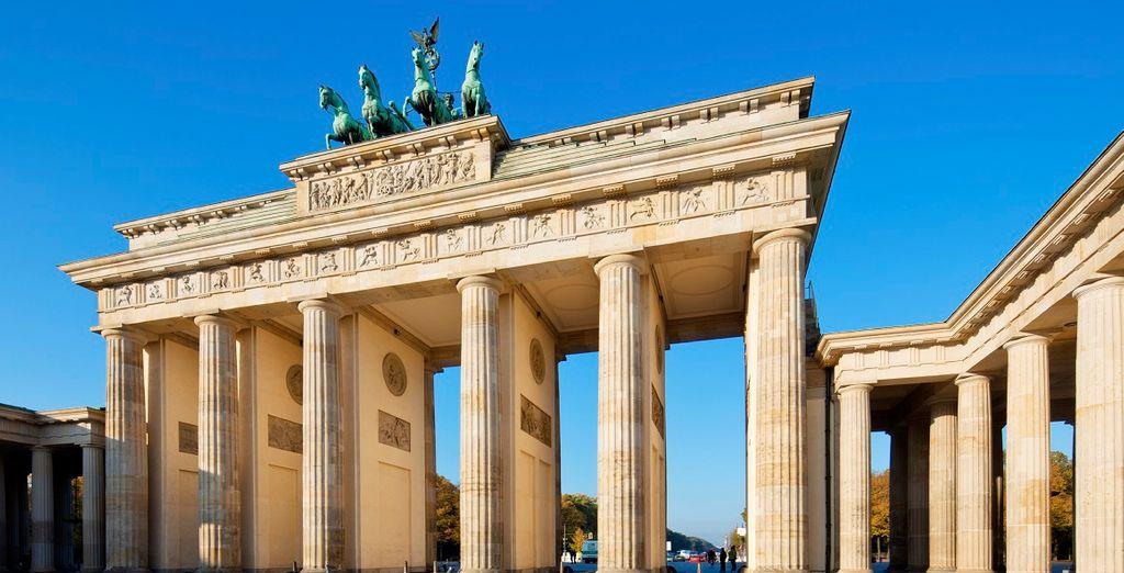 Berlino ha saputo ridarsi colore dopo gli anni più bui della storia moderna