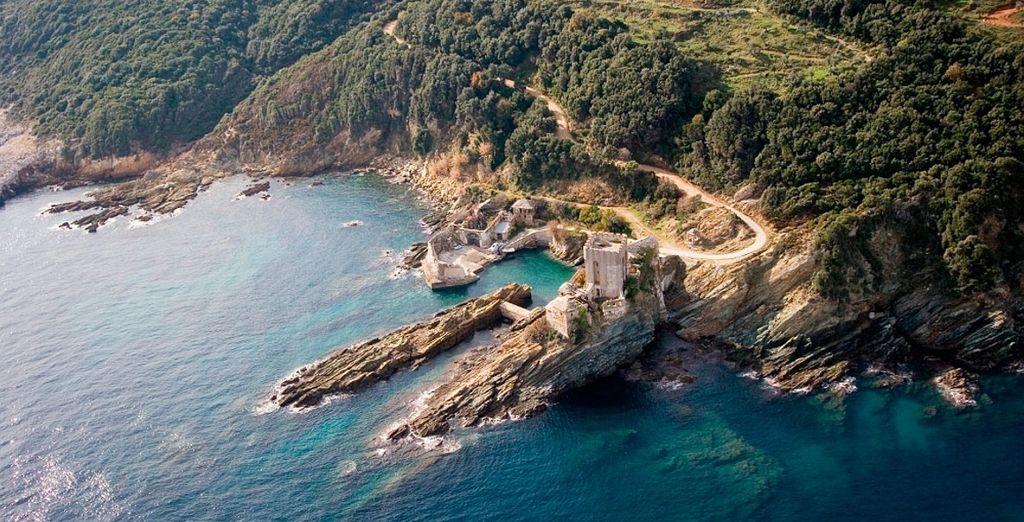 Imbarcatevi per una crociera al Monte Athos