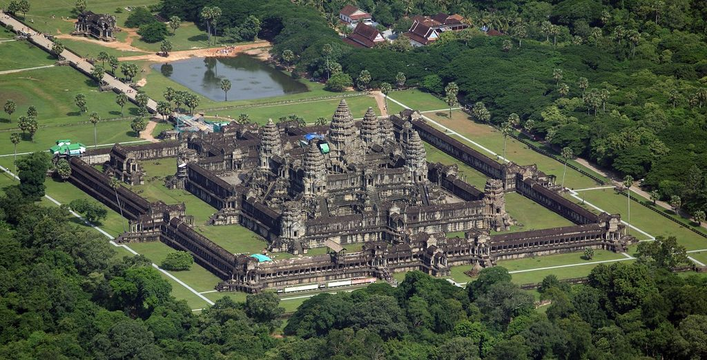 come la famosa Angkom Thom, l'ultima delle capitali dell'Impero Khmer
