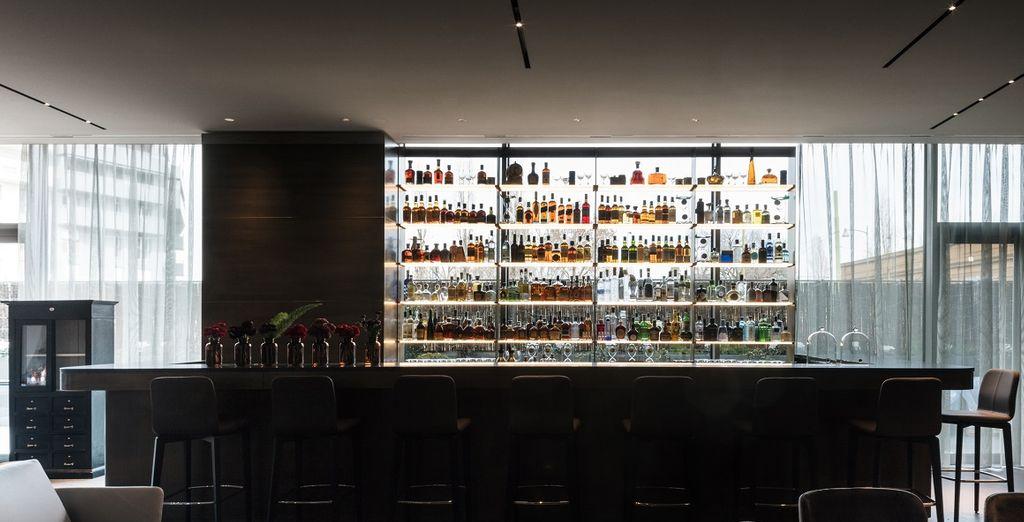 Fermatevi al Lounge Bar per gustare un rinfrescante drink