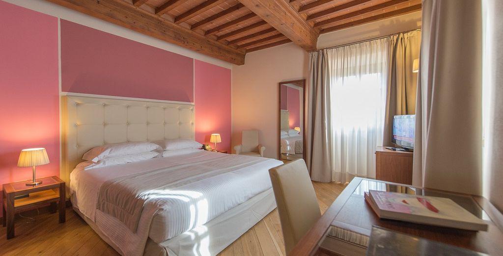 Hotel 4 stelle di alta gamma con una camera spaziosa e confortevole nel cuore di Firenze