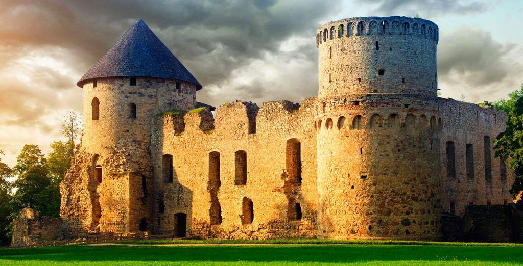Il castello di Gauja, custode della leggenda medioevale Lettone.