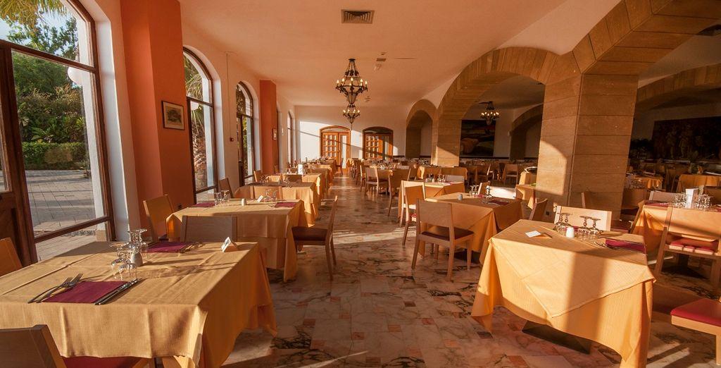Con il trattamento di mezza pensione vi godrete i sapori autentici dellla cucina siciliana