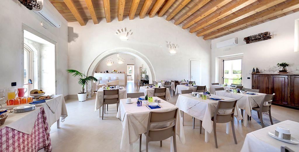 Gustate i piatti del ristorante, ispirati alla tradizione della cucina siciliana