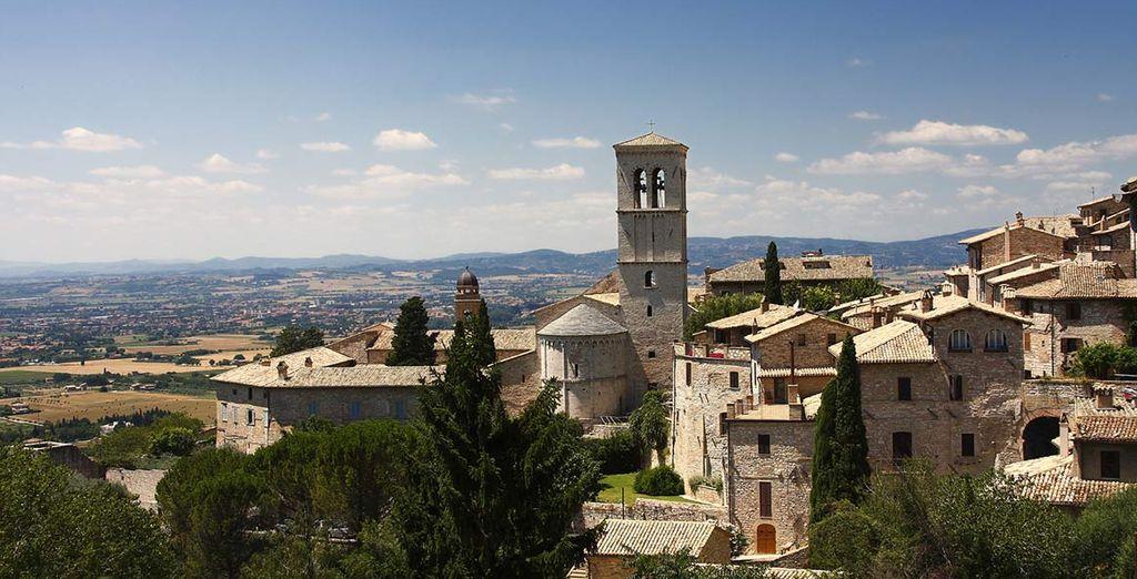 Visitate la splendida città di Assisi, a pochi km dall'hotel.
