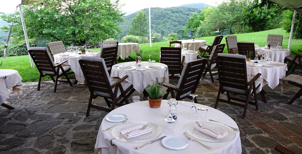 Grazie al supplemento cena degustazione potrete gustare i genuini piatti del ristorante