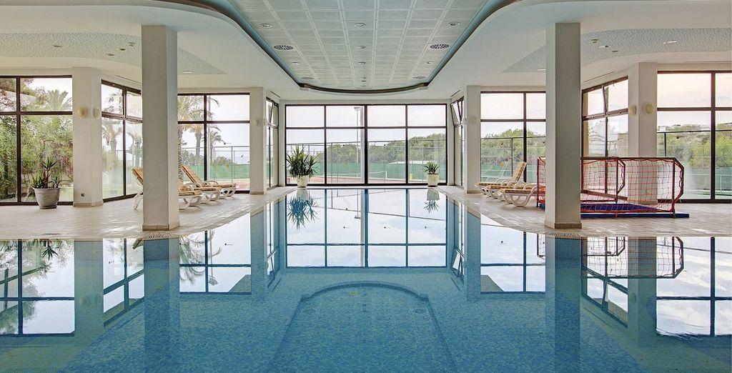 Fate un tuffo nella bella piscina interna