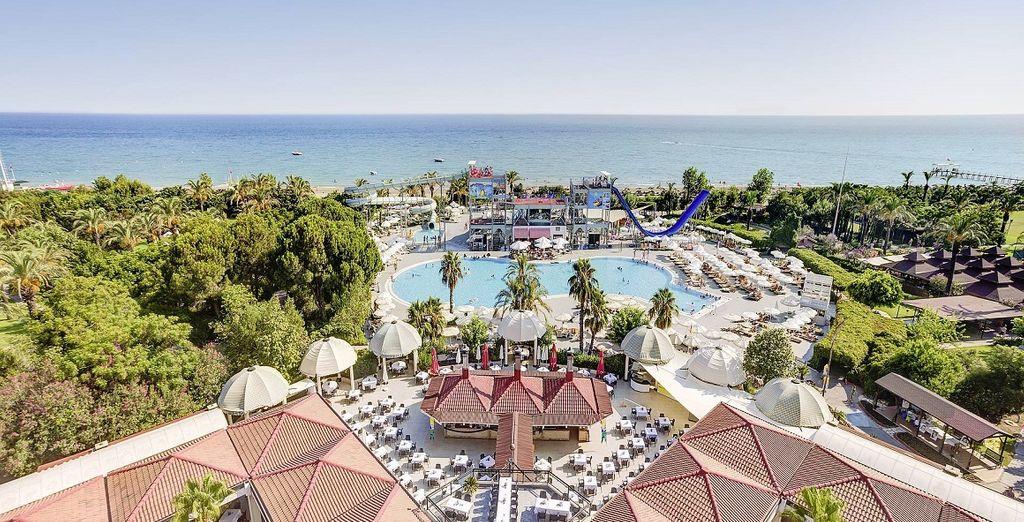 Il Magic Life Water World Resort 5* è pronto ad accogliervi