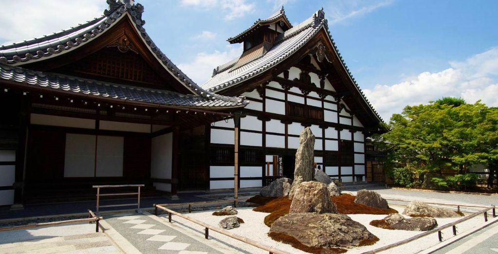e lo splendido Tempio Tenryuji