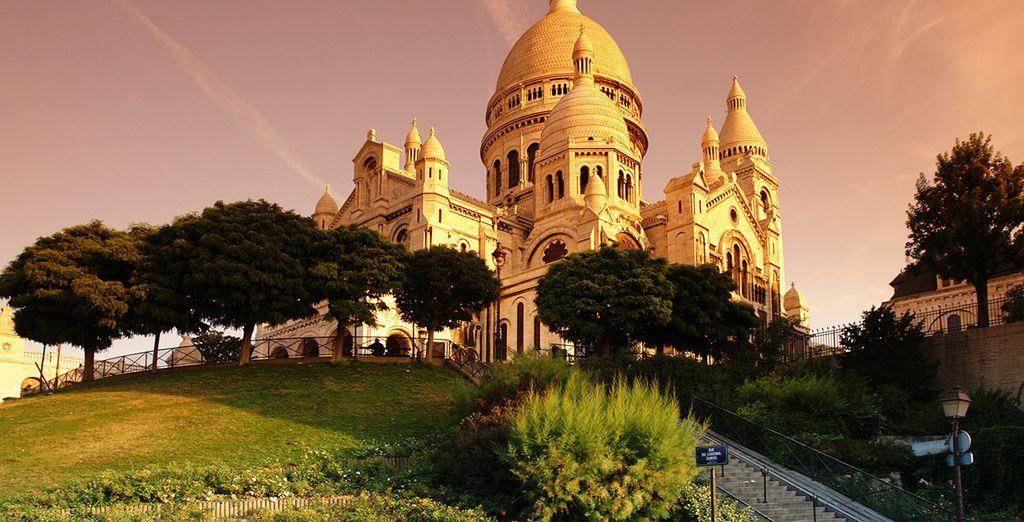 Esplorate Parigi partendo dal Sacro Cuore e la sua collinetta