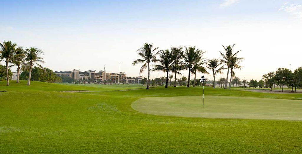 La struttura è situata nel cuore del Golf Club di Abu Dhabi