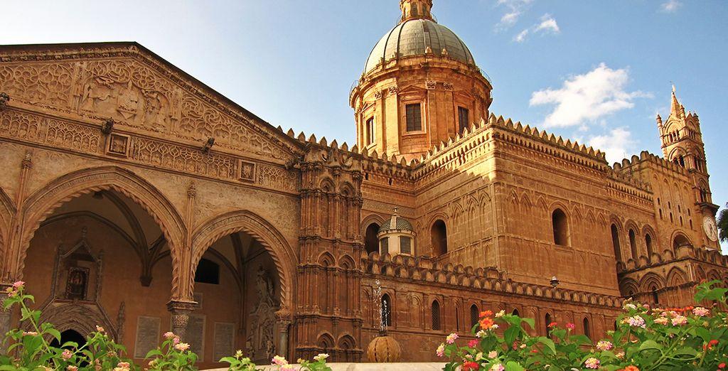 Ammirate la vicina Palermo, città dai mille volti