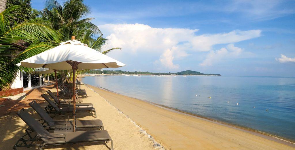 L'hotel vanta un accesso diretto alla spiaggia
