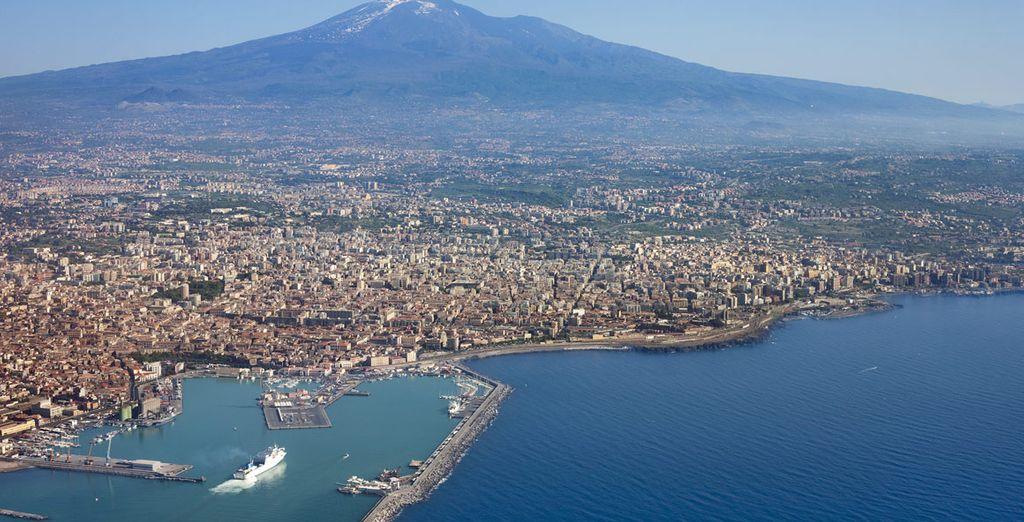 Potrete visitare anche la bellissima Catania, ricca di storia e di cultura