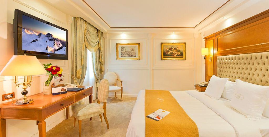 Soggiornerete in camere Superior finemente arredate in stile classico