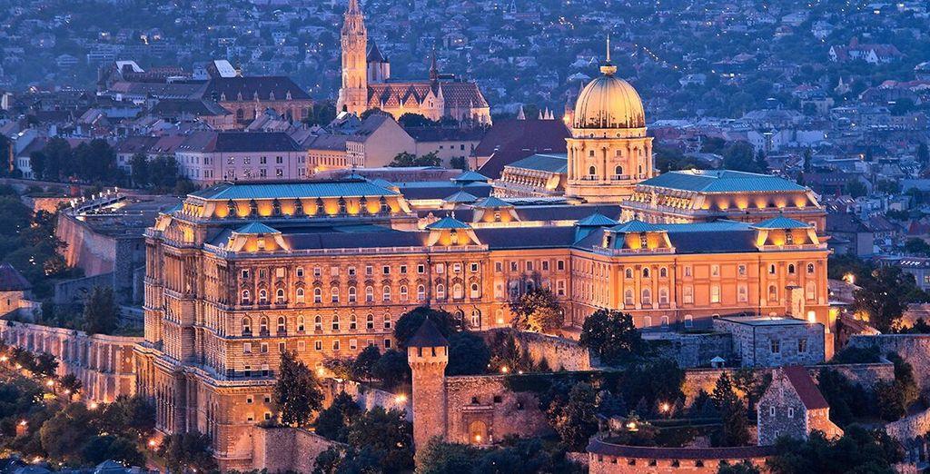 Budapest, città dal fascino unico, vi attende