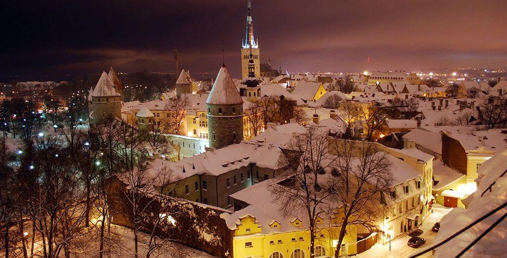 Visiterete Tallinn che in inverno è un meraviglioso gioiello