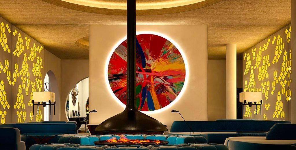Benvenuti a Barcellona: L'H10 Cubik Hotel vi accoglie con il suo esclusivo design
