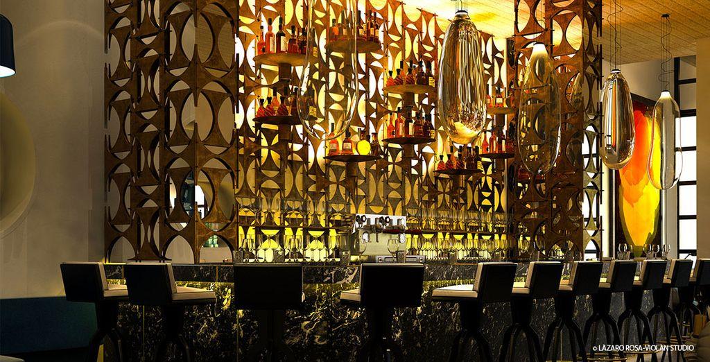 Godetevi i momenti di relax e sorseggiate un cocktail al bar