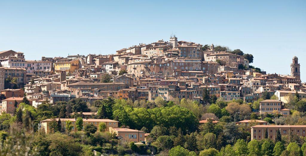 a pochi chilometri da Perugia.
