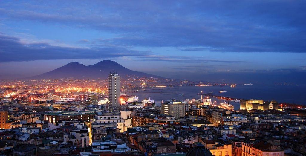 Partite per Napoli, una delle città più belle e visitate del mondo