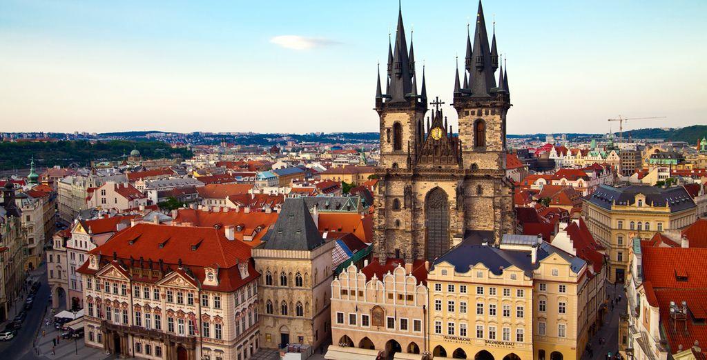 e tanti splendidi monumenti, che rendono Praga una città dalla bellezza intramontabile.