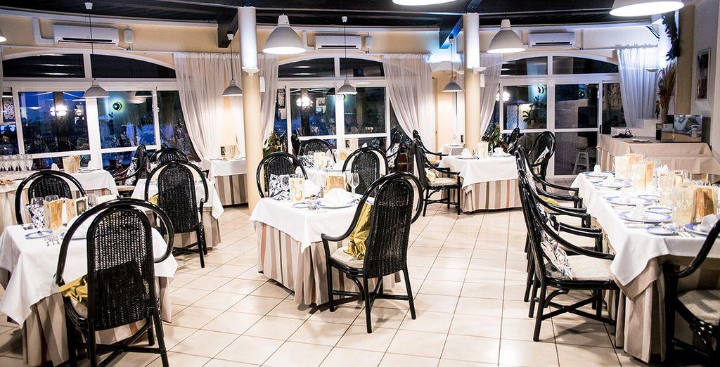 Gustate ottimi piatti presso il ristorante dell'hotel