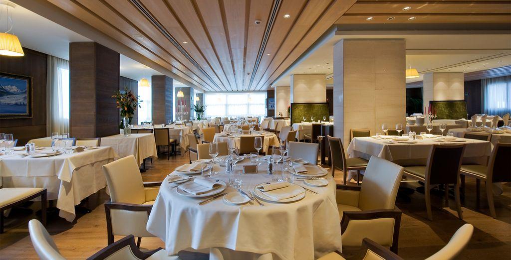 Gustate la cucina raffinata del Ristorante Savoy