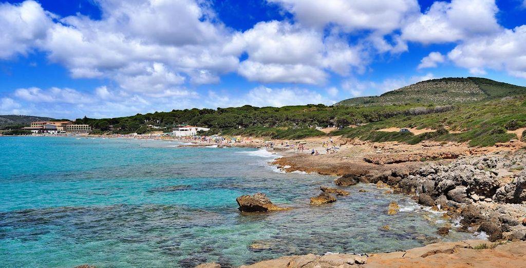 A pochi passi dalle spiagge più belle d'Italia.