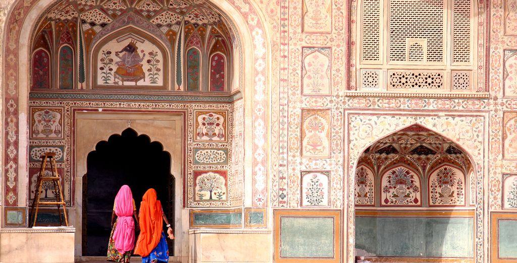 Scoprite la magia dell'India, i suoi colori e la sua infinita bellezza.