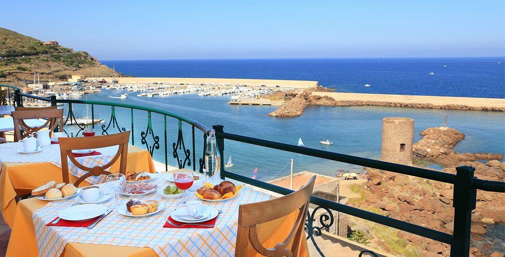 Approfitta degli sconti sui tuoi hotel in Sardegna su voyage-prive.it