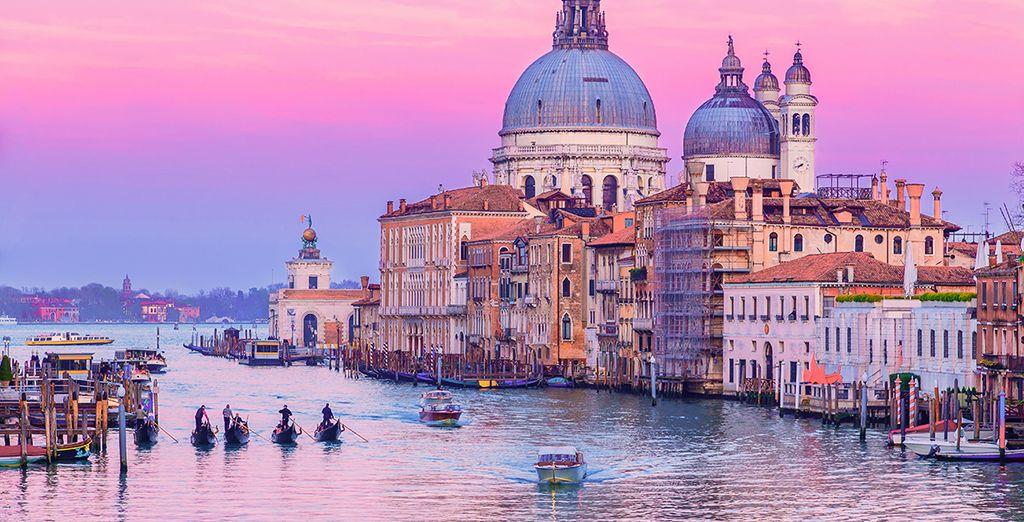 Fotografia della città di Venezia e della Basilica di San Marco