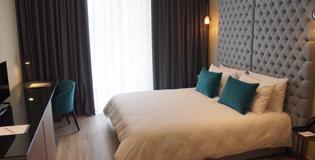 Hotel di lusso a Malta, confortevole camera doppia con vista sul Mar Mediterraneo