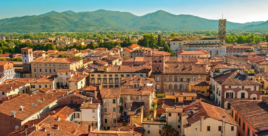 Bellissima e vicina Lucca
