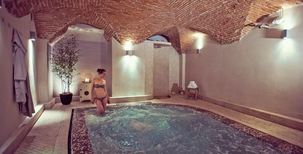 Hotel di lusso con spa e area relax a Firenze, Italia