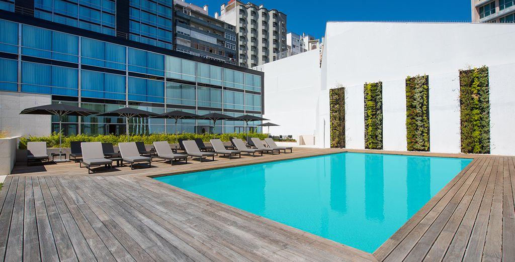 Hotel di lusso con piscina scoperta riscaldata e area relax