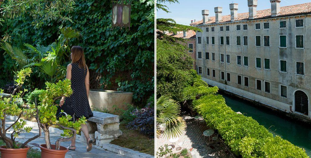 Passeggiate nel giardino privato per un momento di totale tranquillità