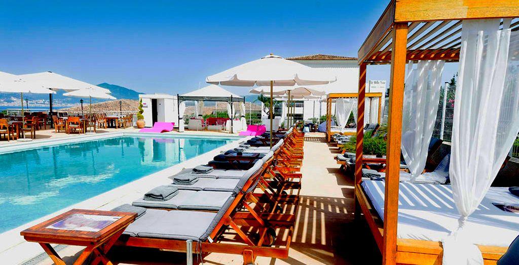 Affascinante residence Bella Vista con piscina e zona relax a Porticcio