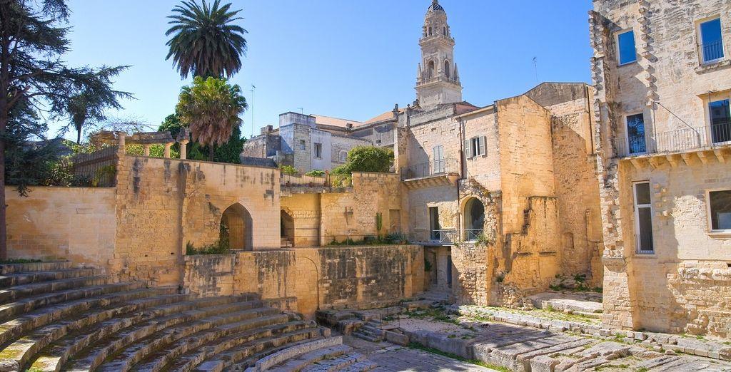 Fascino barocco, colori e sapori pugliesi danno vita a una magia speciale: Lecce.