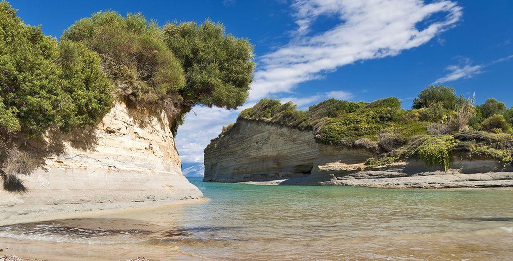 Fotografia della Grecia tra spiagge di sabbia fine e acque turchesi