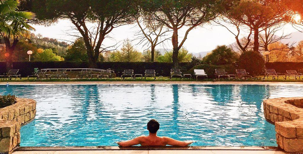 Hotel quattro stelle di alta gamma con piscina e zona relax, Veneto