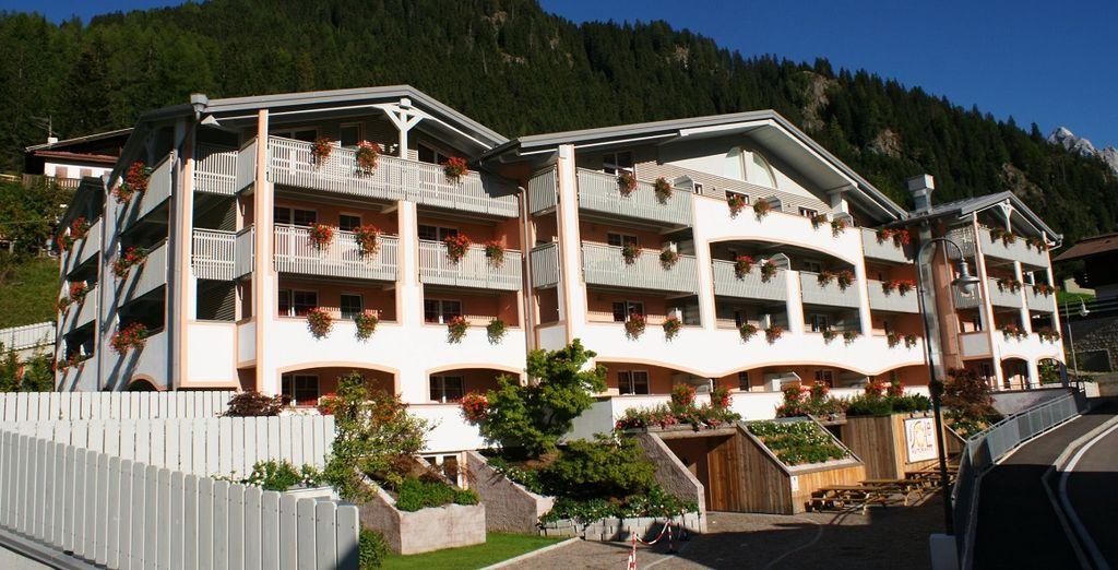 Al Sole Hotel & Resort vi accoglierà in una splendida location