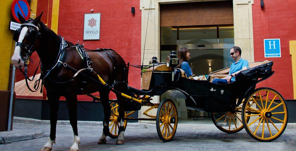 Een hotel dat typisch is voor de stijl in Sevilla
