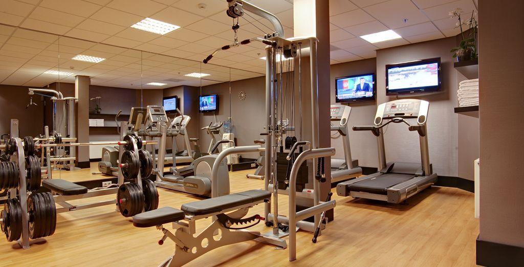 Daag uzelf uit in de fitnessruimte van het hotel