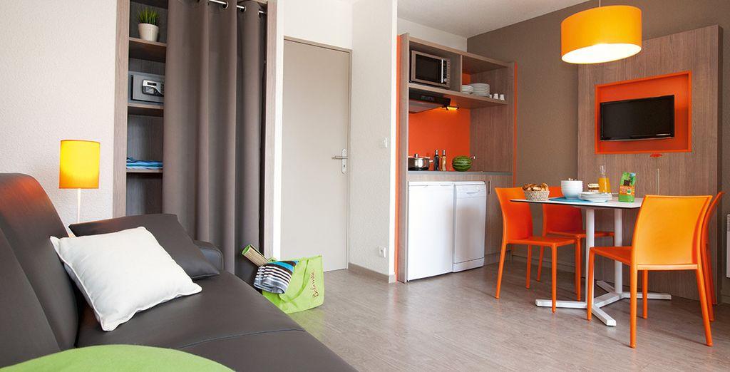 Installeer u in een comfortabel, modern appartement
