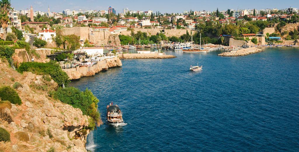 Bezoek ook de prachtige bezienswaardigheden in Antalya