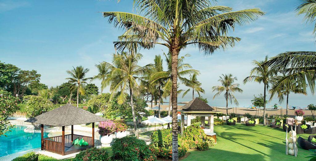 Uw schitterende vakantie zet zicht voort in het Hotel Holiday Inn Baruna