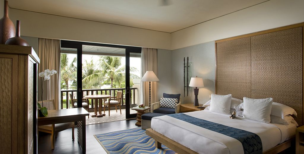 U verblijft in een Deluxe Resort Partial Ocean View kamer