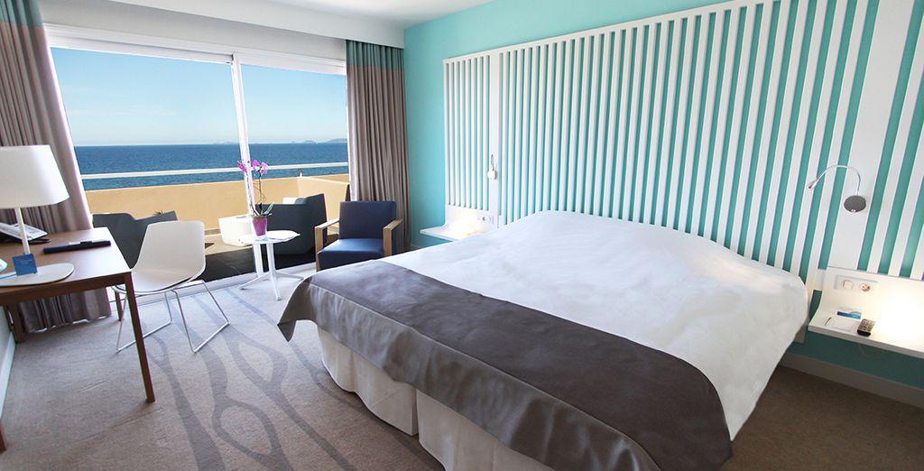 Neem intrek in uw kamer en geniet van het uitzicht op zee