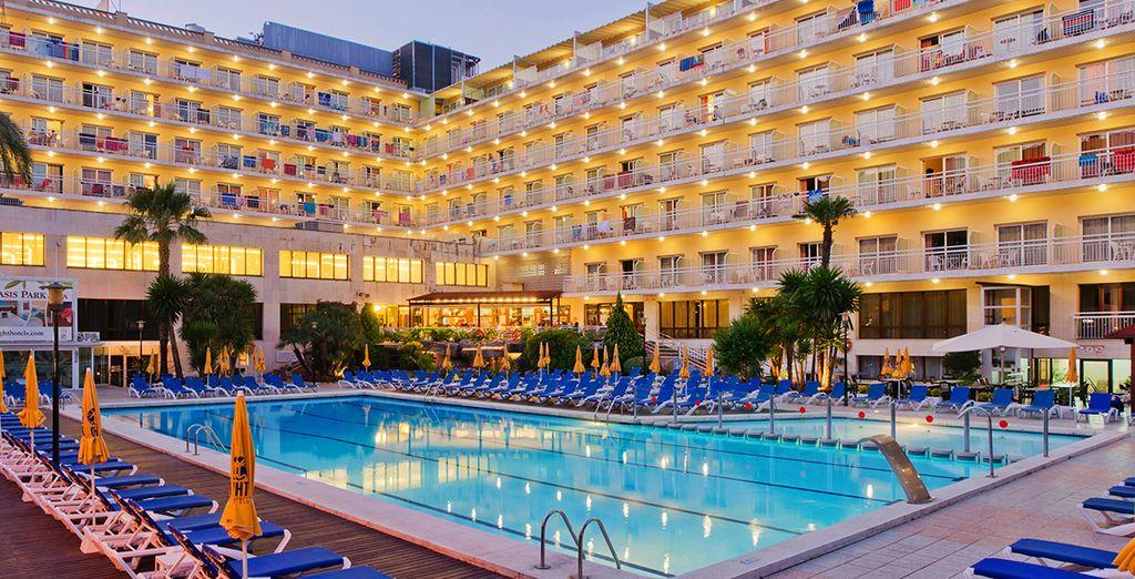 In het relaxte hotel Oasis Park & Spa 4*